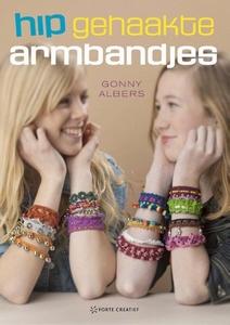 Forte boek: Gonny Alberts, Hip gehaakte armbandjes